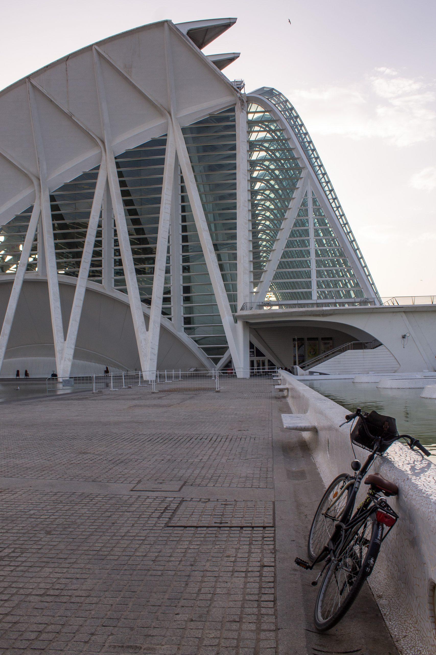 bike at ciutat de artes y ciencias in valencia