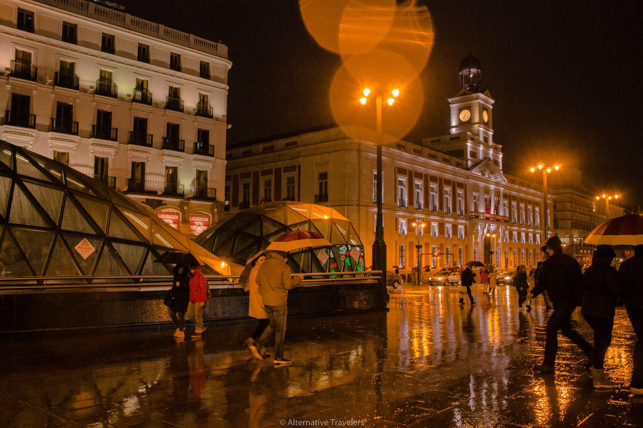 Puerta del Sol, Madrid in the dark