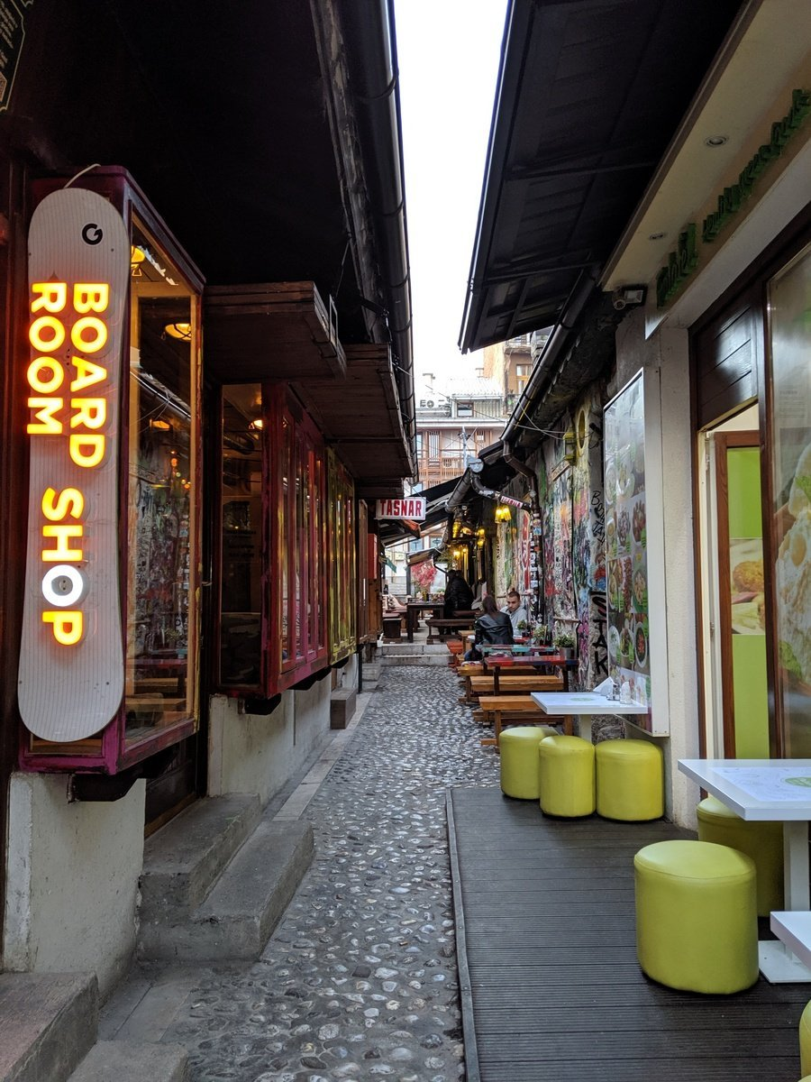alley in old town sarajevo